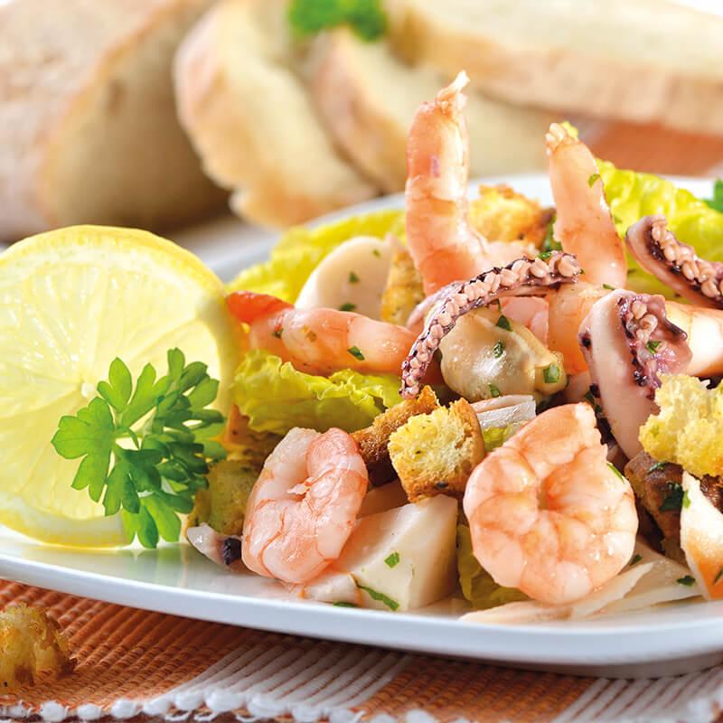 deniz-urunleri-salatası-2